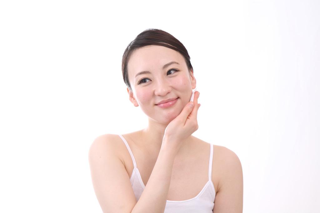 セラミドを使った化粧品が話題!その美容成分とは