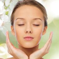 優れた美容成分であるフラーレンを含む化粧水を活用